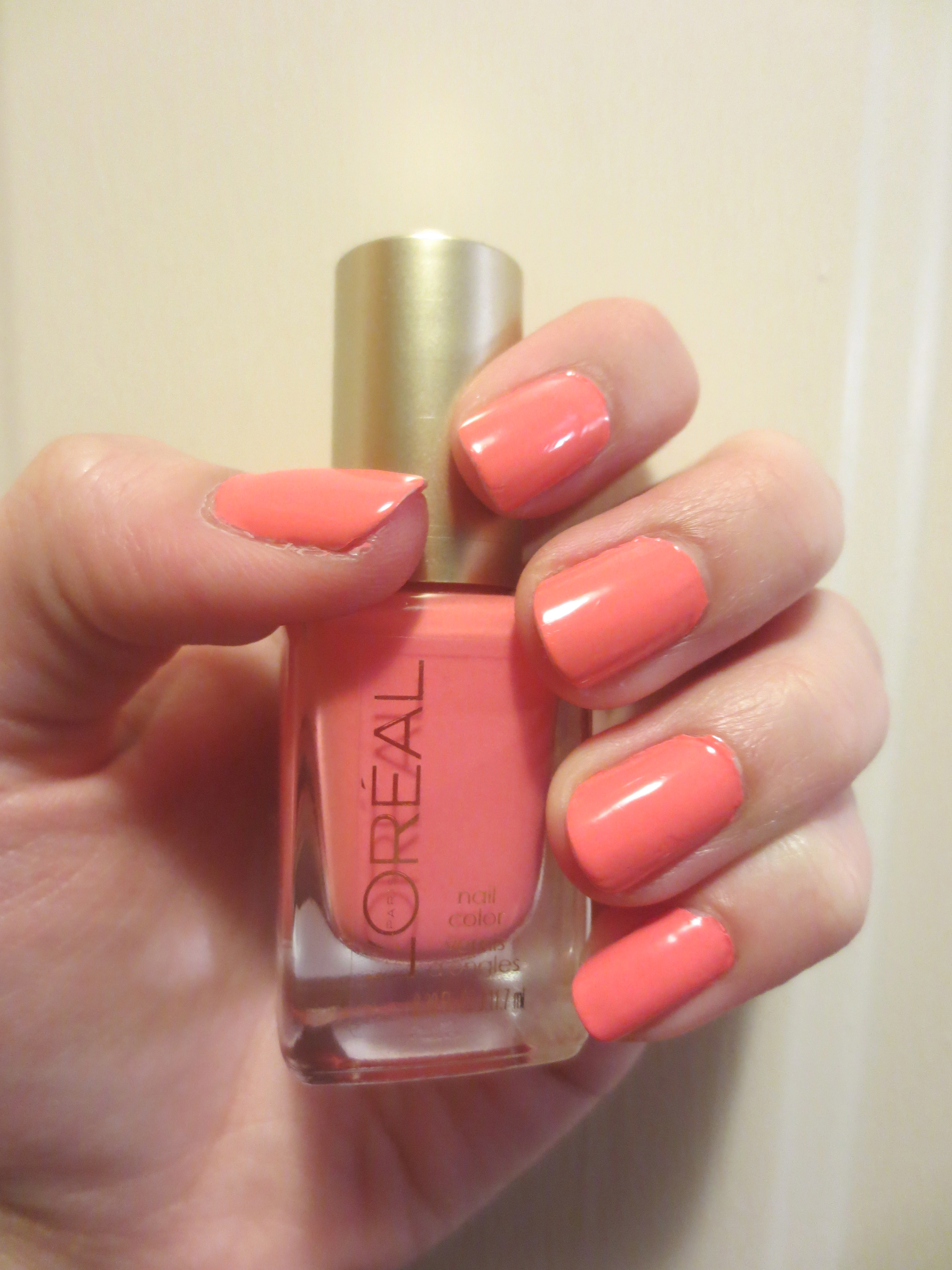 Bright Nail polish | Beauty and Books